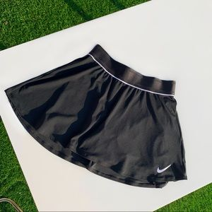 Nike Tennis Skirt in Black